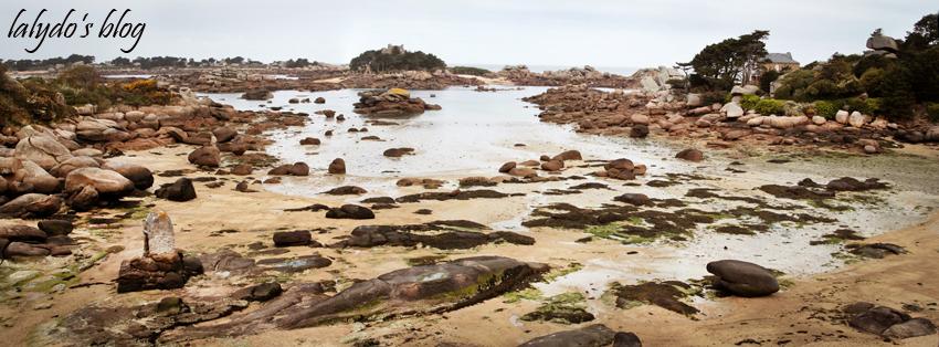 plage-saint-guirec-castel-beau-site-ploumanach