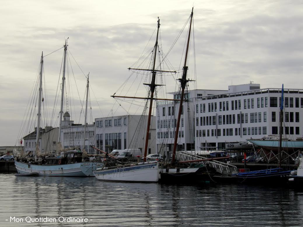 Les breizhblogueuses envahissent le lalydo 39 s blog mon - Surplus militaire brest port de commerce ...