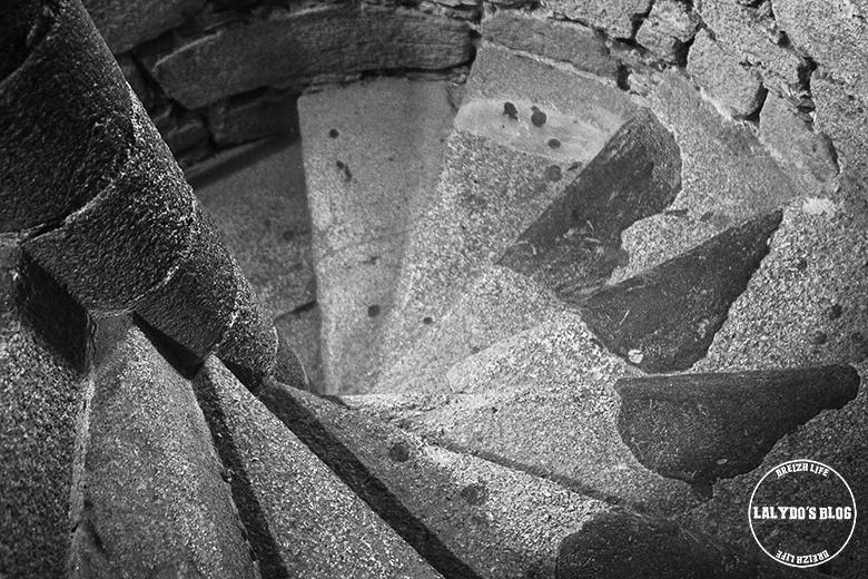 escaliers abbaye mont saint michel lalydo blog 2