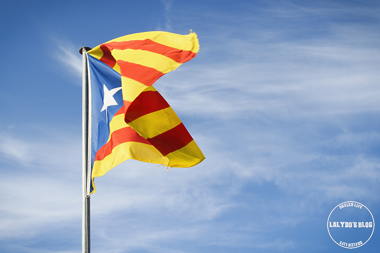 chateau de cardona drapeau catalogne lalydo blog