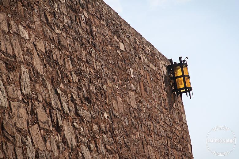chateau de cardona lanterne lalydo blog