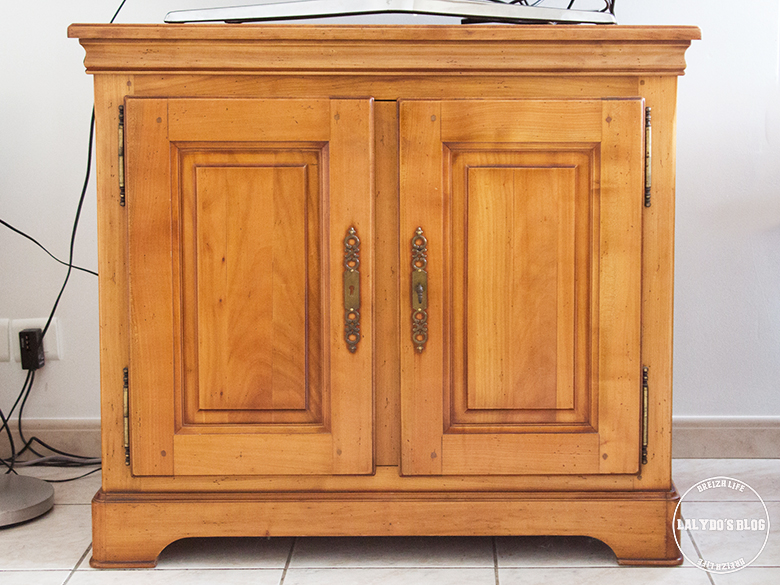 relooker un meuble avec leroy merlin lalydo 39 s blog. Black Bedroom Furniture Sets. Home Design Ideas